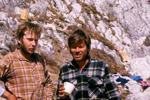 Artur Hajzer i Vincent Fine w bazie pod Płd. ścianą Lhotse 1985